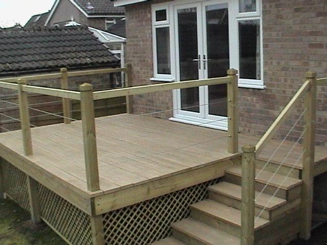 Low Maintenance Decking With Oak Style Non Slip Low Zero