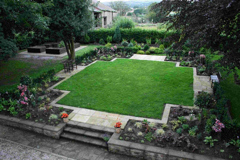 Garden design by qualified garden designers and landscape for Award winning patio designs